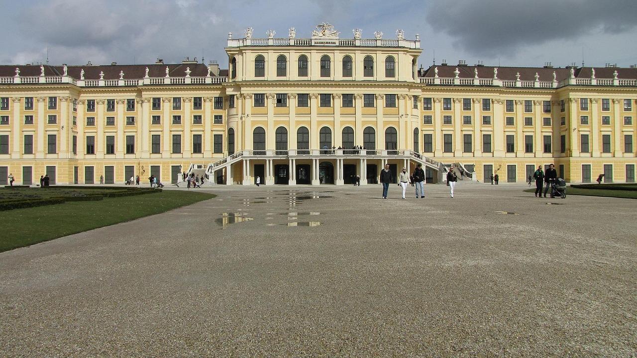 Schonbrunn Palace 944799 1280